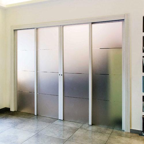 1-Porta-Luce-battente-con-telaio-bianco-cerniere-e-maniglia-acciaio (1)